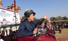 Pak-India talks sans Kashmir will be meaningless: Imran Khan