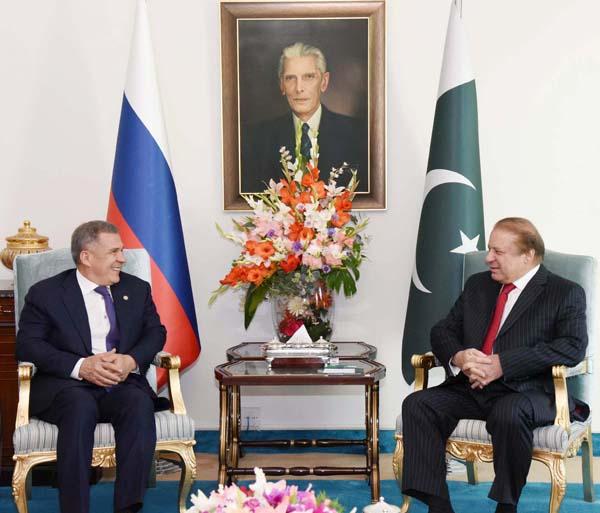 Rustam Nurgaliyevich Minnikhanov, President of Tatarstan calls on Prime Minister Muhammad Nawaz Sharif during PM House in Islamabad.
