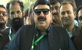 Nawaz escaping NAB references: Sh Rasheed