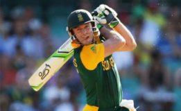 De Villiers returns  for Bangladesh ODIs