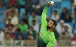 ICC suspends Mohammad Hafeez from bowling in international cricket