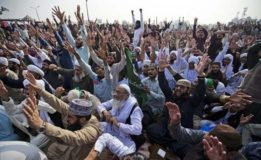 Islamabad  sit-in continues for 18th day